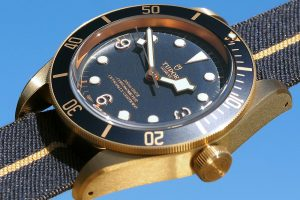 A Elegant Timepiece Of Tudor Heritage Black Bay Bronze Blue Men's Replica